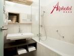 03 - Alphotel
