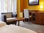 04 - Hotel Montfort